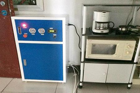 实验室超纯水机报价多少钱?