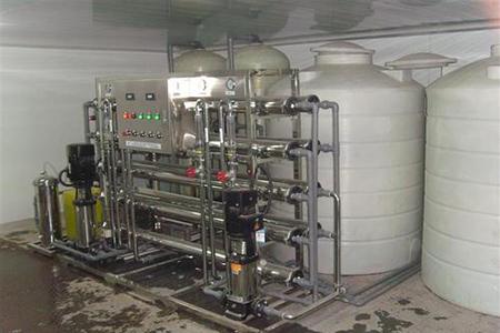 注射用水分配系统是否可以用过热水灭菌?
